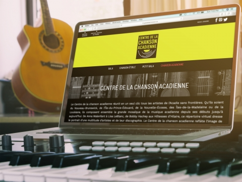 Centre de la chanson acadienne - 2019 - Conception du site web d'après le design d'Alta Studio.